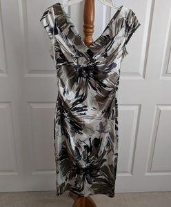 Maggie London Silver Black White Floral Dress